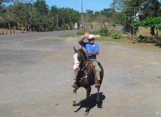 Restaurante Tica Linda : Rider came through