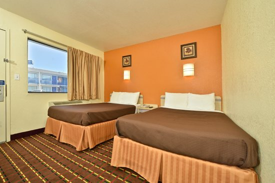 Americas Best Value Inn Wichita Falls: Guest Room