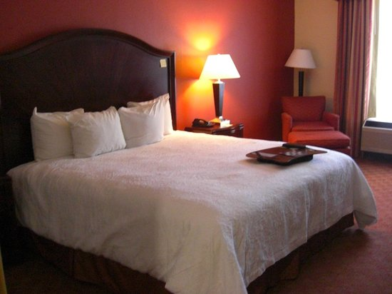 Hampton Inn Houston/Humble-Airport Area: ベット