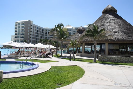 The Westin Lagunamar Ocean Resort Villas & Spa, Cancun: Grounds