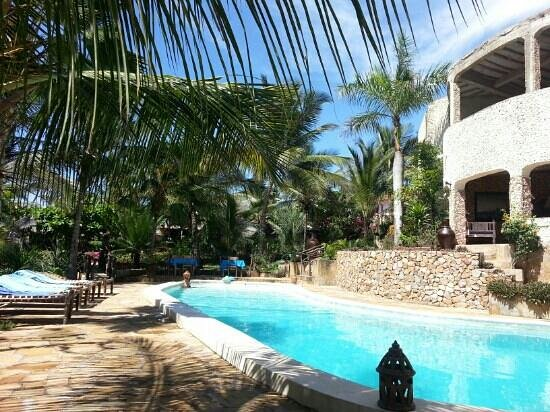 Tembo Village Resort Watamu: swimming pool area