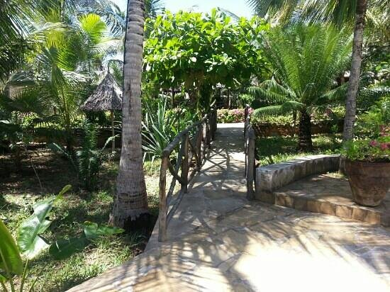 Tembo Village Resort Watamu: beautiful grounds