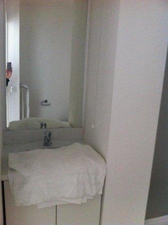Apart'Hotel L'Escale Marine : salle d eau