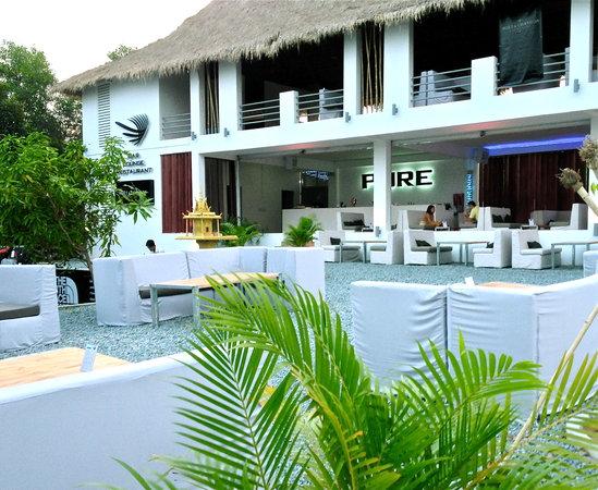 PURE Bar Lounge & Restaurant: getlstd_property_photo