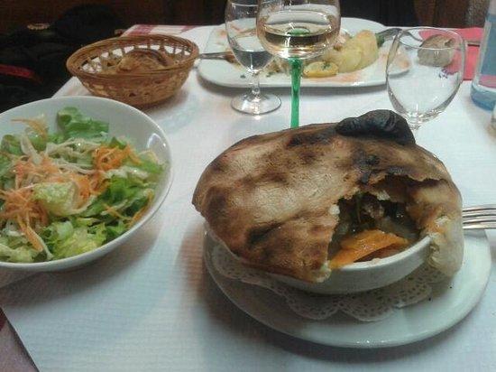 Restaurant Pizzeria du Vignoble: baeckeoffe en croute