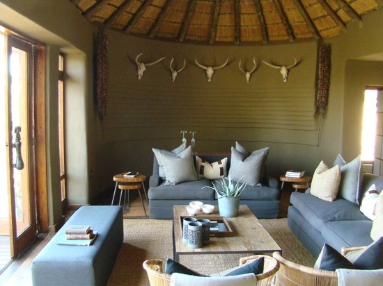 Chill Lounge, Dithaba Camp, Madikwe safari Lodge