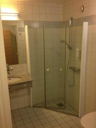 Scandic Glostrup : Bathroom 414