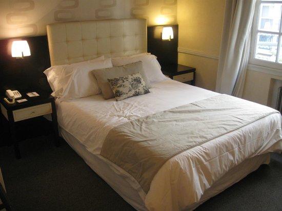Ulises Recoleta Suites: Cama confortável...