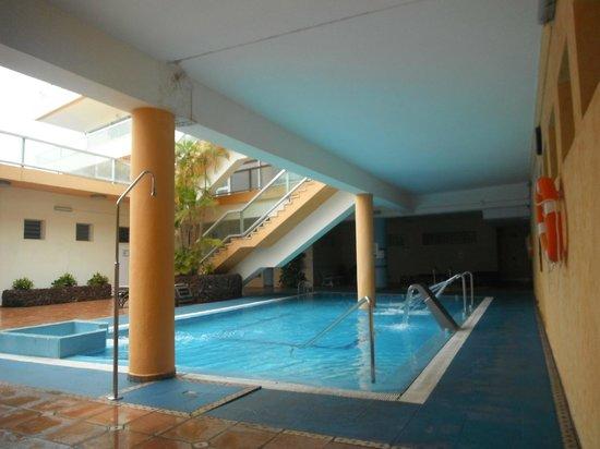 Best Semiramis: Interior pool/spa