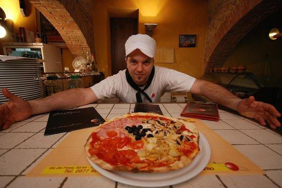 Luna di Saturno: pizza