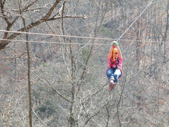 ‪Ozark Mountain Ziplines‬