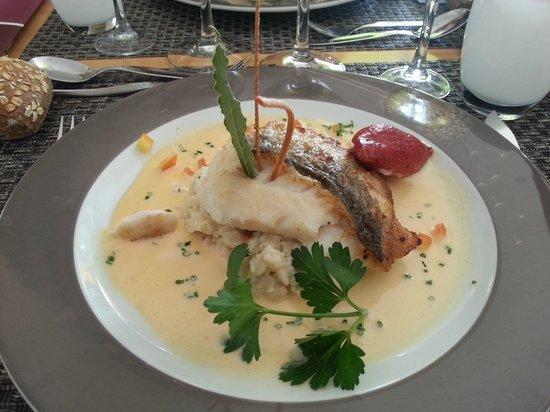Hotel Restaurant Acadie Saint Victor : Pavé de merlu et son risotto