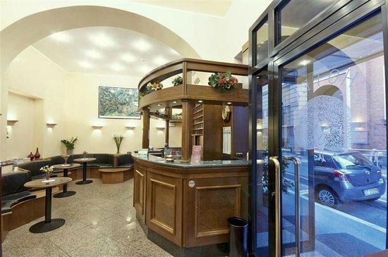 Hotel Pavone: reception