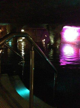 Hotel Escorial & Spa : piscine dead sea