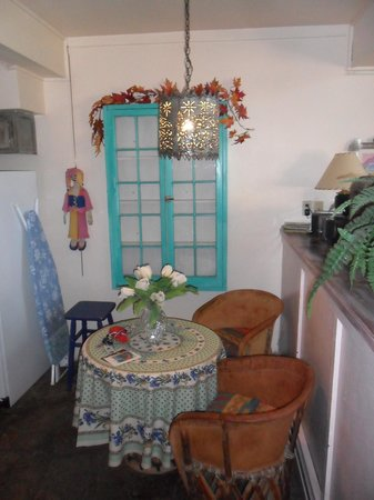 Inger Jirby's Guest Houses: dinette in the casita