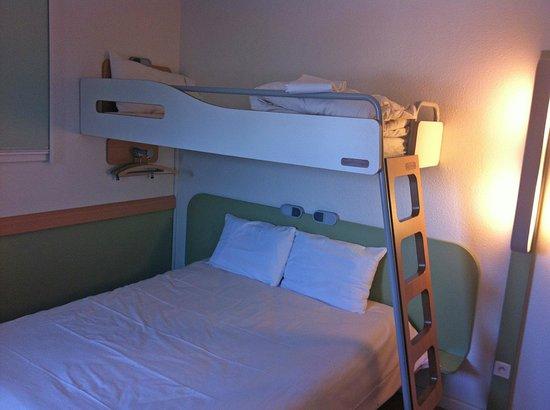 Ibis Budget Honfleur: Room 315 - double + bunk