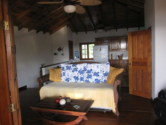 Roatan Vivaro: Main room 2nd floor