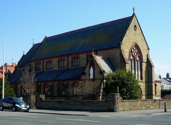 ‪لياندوندو, UK: Llandudno Roman Catholic church‬