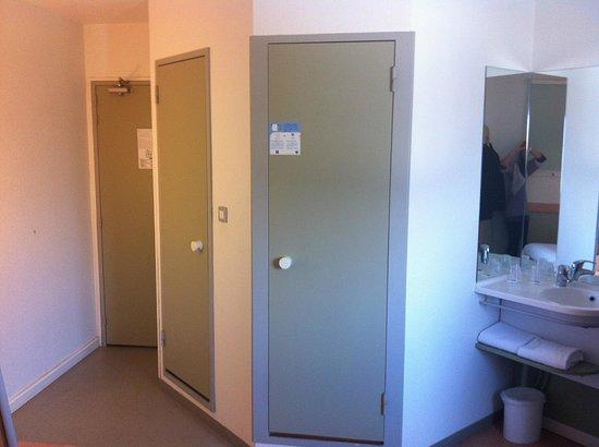 Ibis Budget Honfleur: Room 315