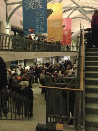 Milwaukee Repertory Theater: Intermission