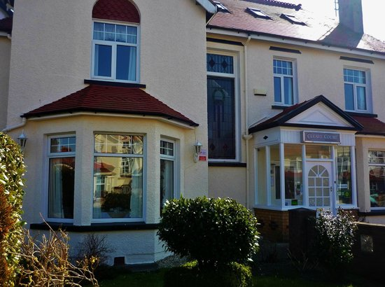 Cleave Court Bed & Breakfast: Cleave Court, Llandudno