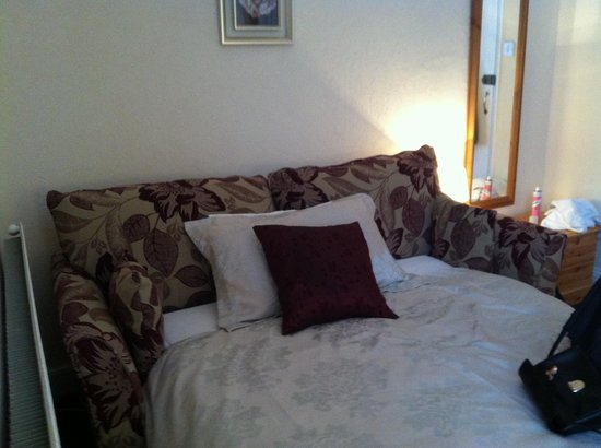 Fosters Guest House: Extra Schlafcouch im Superior Zimmer