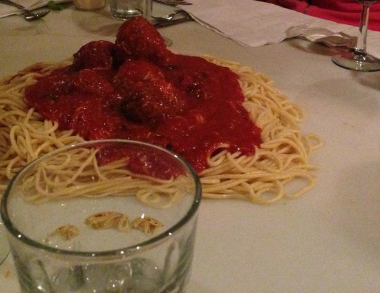 Bunky's Cafe: Spaghetti on the Board