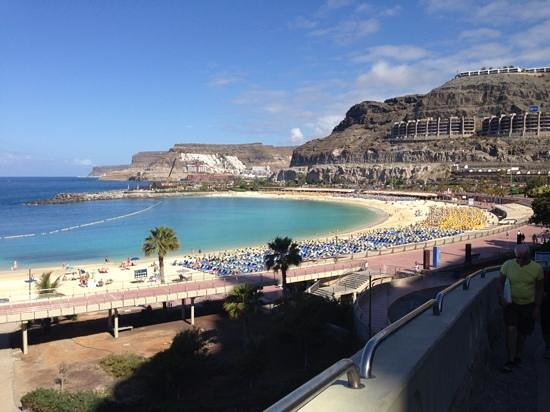 Niza Apartments : amadores beach, 25 mins walk from puerto rico,