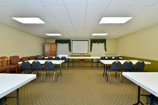 Best Western Rayne Inn: Meeting Room