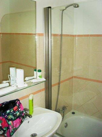 Apartamentos Turisticos Canos de Meca: Baño