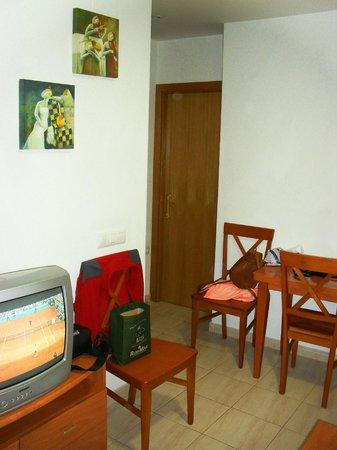 Apartamentos Turisticos Canos de Meca: Salón - 1