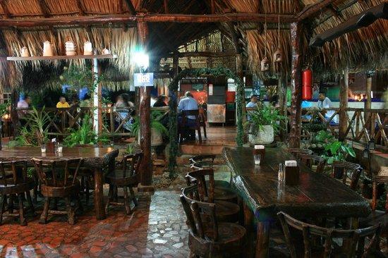Mi Viejo Ranchito: Restaurante Tipcio nicaraguense