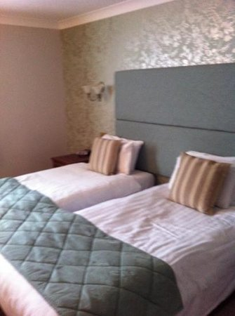 Minster Hotel: ground floor twin room- lovely