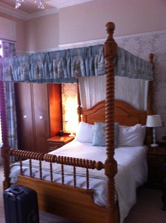 Minster Hotel: gorgeous comfortable room! perfect!