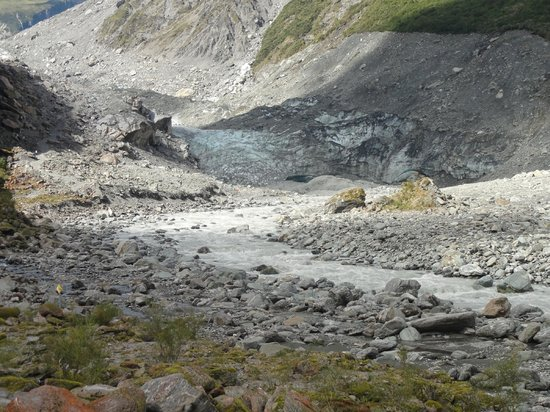 Fox Glacier, Yeni Zelanda: This is from the lower viewing point