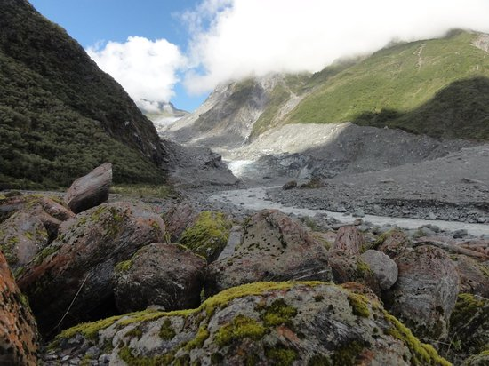 Fox Glacier, Nieuw-Zeeland: This is from just off the path to the Glacier