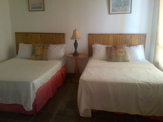 Caye Harbour Lodge : Standard Room