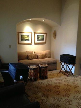 Sitting Area, Room 226