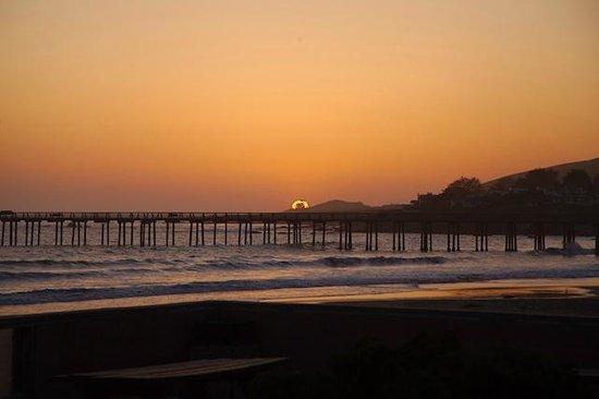 Cayucos Shoreline Inn...on the beach: Sunset from patio near room