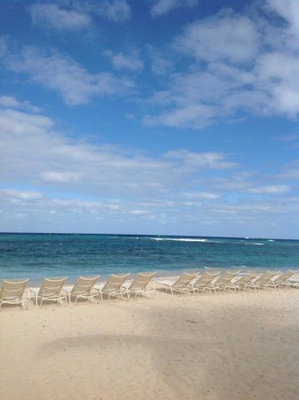 The Westin Dawn Beach Resort & Spa, St. Maarten: The beach
