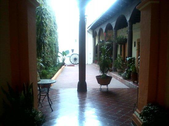 Posada del Baron: vista de la entrada.