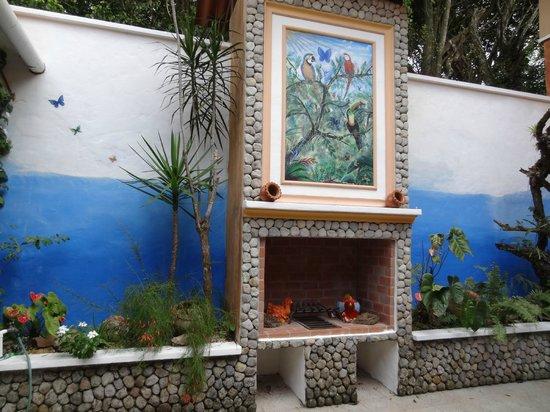 Casa Mariposa: courtyard in apartment