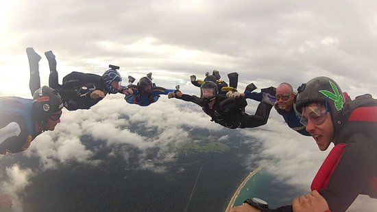 SkyDive Oz