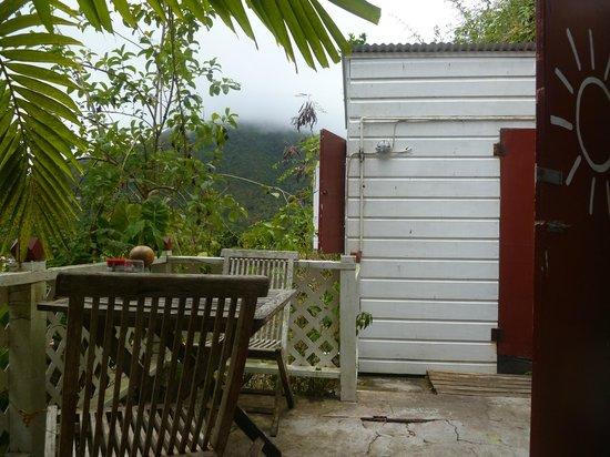 El Momo Cottages: vue de la terrasse