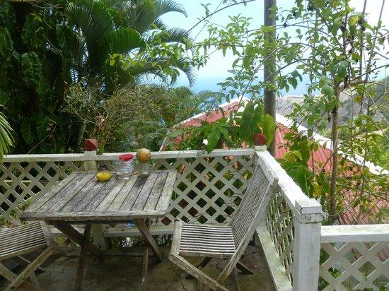 El Momo Cottages: vue de la chambre