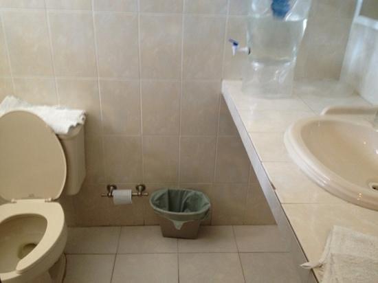 hotel hacienda morelos, vista del baño