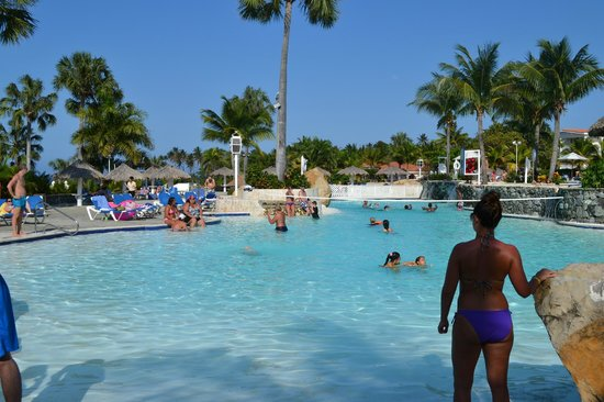 The Tropical at Lifestyle Holidays Vacation Resort: Main Tropical Pool