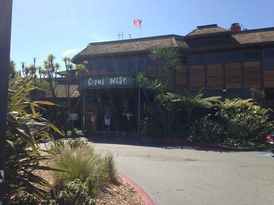 Crow's Nest Restaurant: outside