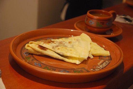 Crepería La Bo'M : Freshly baked crepe...yumm!