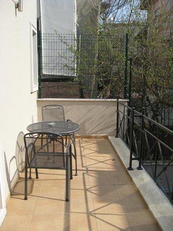 Hotel Seraglio: Room #105 balcony